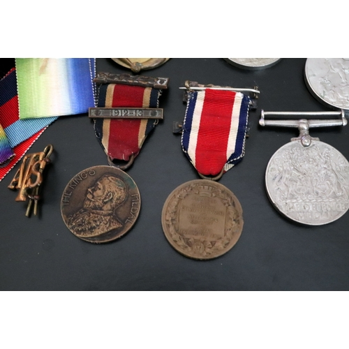 417 - Mixed Lot Of Military Medals And Badges, Comprising 4 WW2 Medals, Ribbons, YPRES badge, ATS, The Kin...
