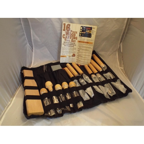 10 - New 16 piece wood carving tool set...