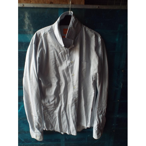 55 - Hugo Boss shirt size L...