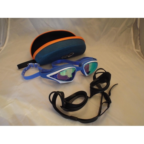 6 - X2 pairs swimming googles...