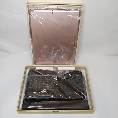 49 - 2 x Ipad Cases - GRADE A...
