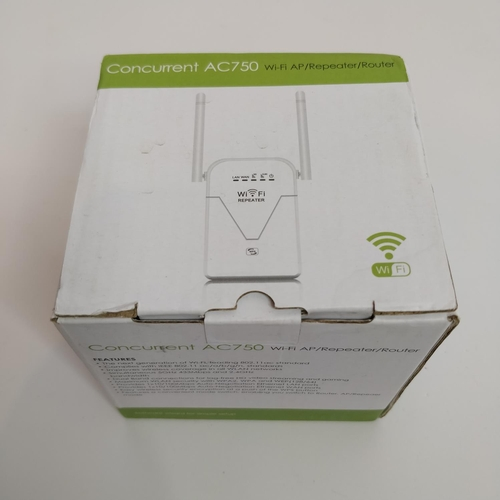 40 - CONCURRENT AC750 WIFI REPEATER...