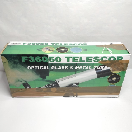 25 - TELESCOPE F36050