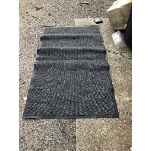 39 - Rubber mat