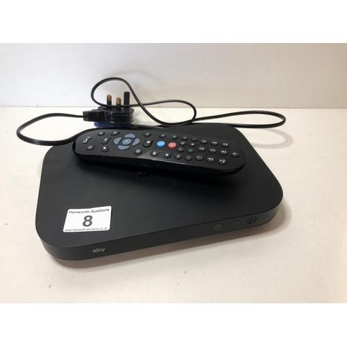 8 - Sky mini Q box with remote