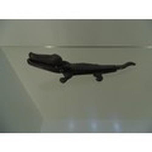 1010 - Metal Crocodile nut cracker engraved 699159...