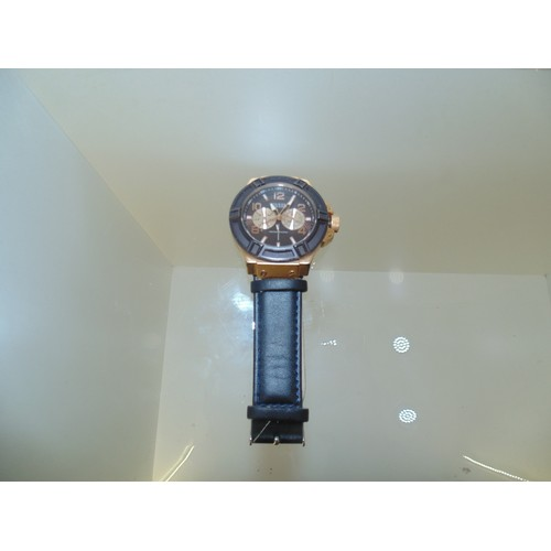 1028 - Guess mens wrist watch...