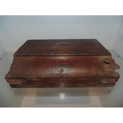 1078 - Antique Eubank hoover...