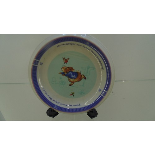 146 - Peter Rabbit small wedgewood plate