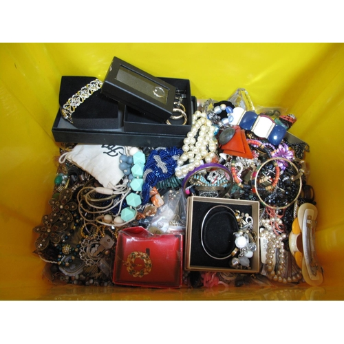 19 - A Mixed Lot of Assorted Costume Jewellery, including imitation pearl bead necklaces, hair accessorie...