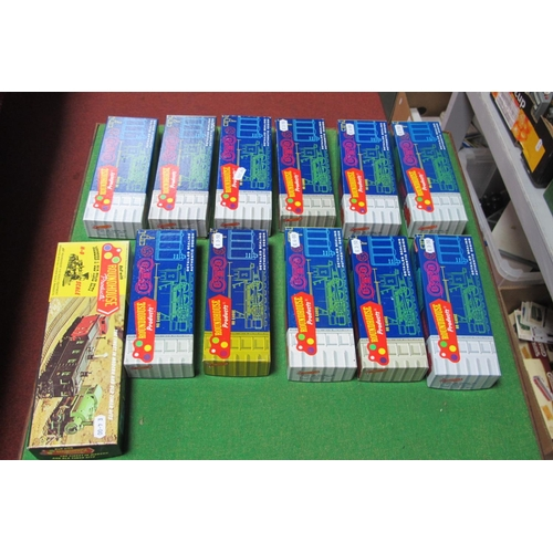 48 - Twelve 'HO' Scale American Outline Plastic Rolling Stock Kits, by Roundhouse, appear unstarted, unch...