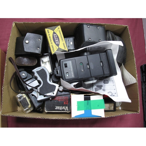 723 - Tamron SP Teleconverter 2X, wonder viewer, Vivitar 2X converter, Coronet camera, Nissin flash, Olymp...
