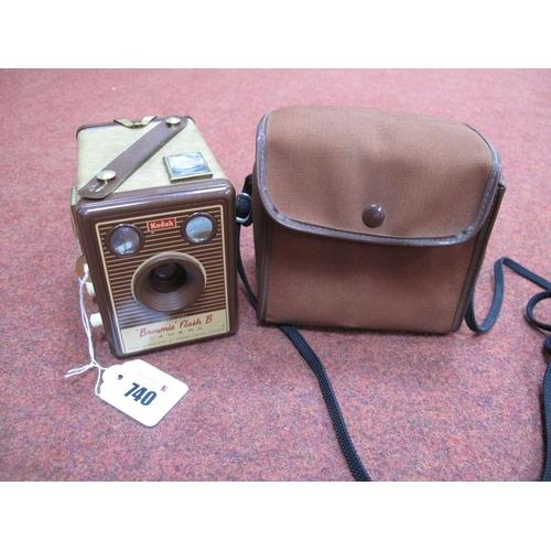 740 - Vintage Kodak Brownie Flash B Camera, with case.