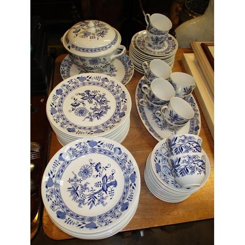 Czechoslovakia Porcelain Dinner Service, 63 pieces