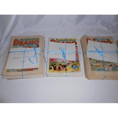 15 - A collection of Beano comics...