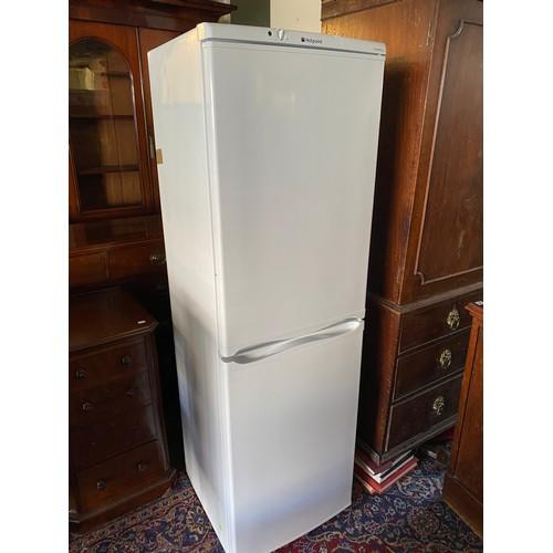 26 - A Hotpoint fridge freezer in a white sprayed case