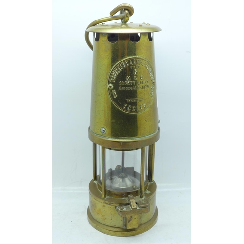 605 - An Eccles Type 6 miner's safety lamp...