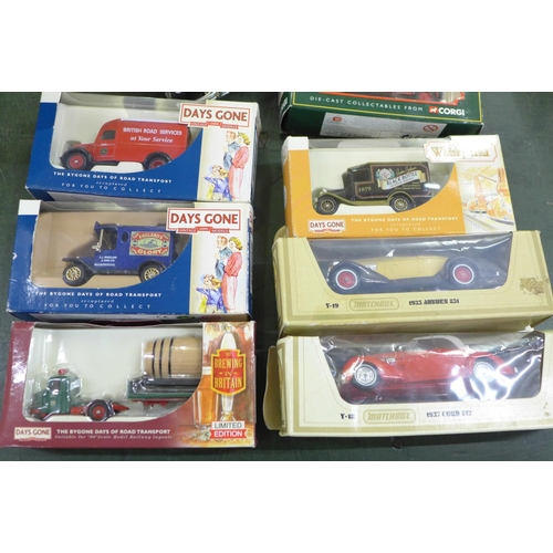 756 - A collection of model vehicles including two Burago...