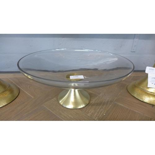 1328 - A glass pedestal platter (PPM08)   #...