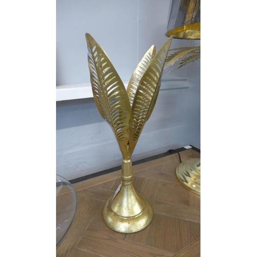1330 - A gilt leaf candle holder (JHC1511)   #...