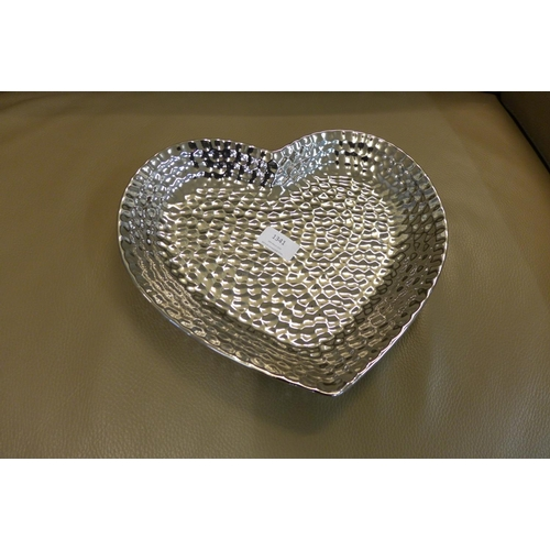 1341 - A silver effect dimple heart dish (1784106)   #...