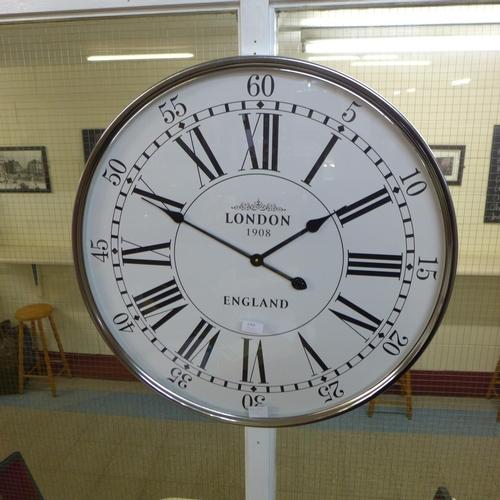 1359 - A London City wall clock (1635030)   #...