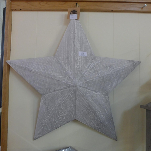 1392 - A large hanging painted wooden star (1473912)   #...