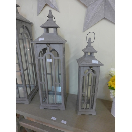 1395 - A set of two grey wooden lanterns   #...