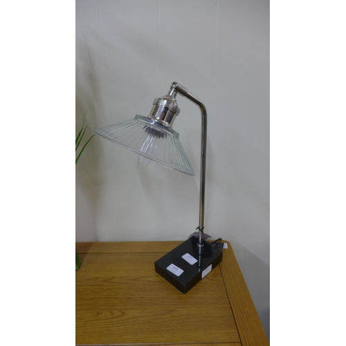 1420 - A chrome desk lamp with black marble base and glass shade (TLWB24)   #...