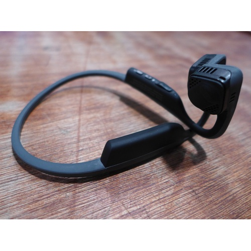 3004 - A Trekz Air Grey Wireless Headphones 301812(185-228)  *This lot is subject to vat...