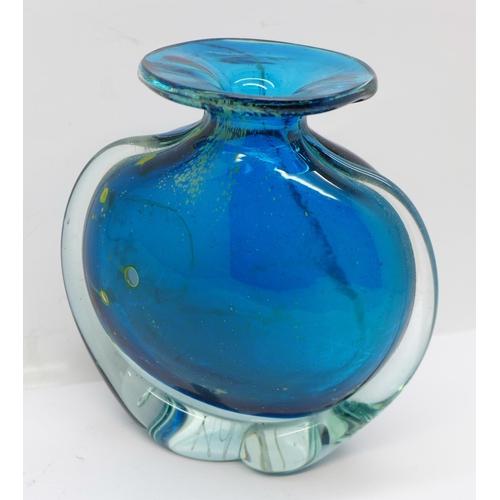 623 - A M'dina blue glass vase, signed, 13cm...