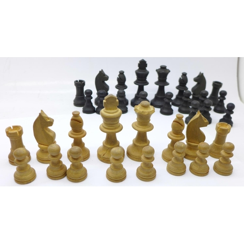 644 - Two late 19th/early 20th Century Staunton style boxwood chess sets, boxed...