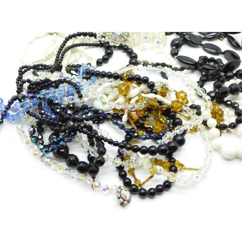 658 - Vintage glass bead necklaces