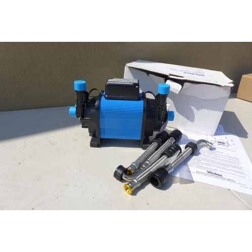 2030 - Wickes 1.5 bar shower twin pump - boxed