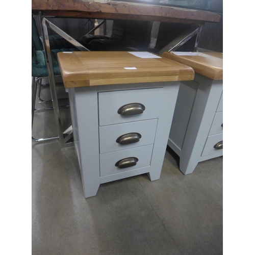 1353 - A Hampshire grey painted oak small 3 drawer bedside table   (WXF P04)  *This lot is subject to VAT...