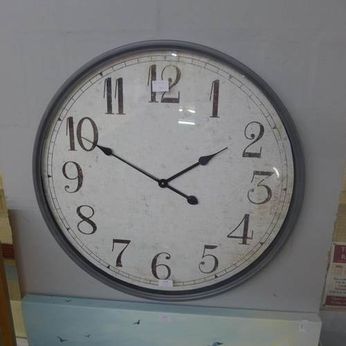 1376 - A large station clock (1993224)   #...