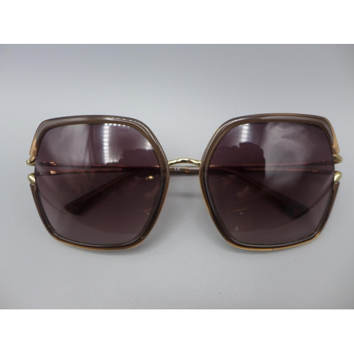 3021 - A pair of Nina Ricci Snr glasses 167 300   (214)  (Ajs 187)  Rrp £64.99 + Vat * This Lot Is Subject ...