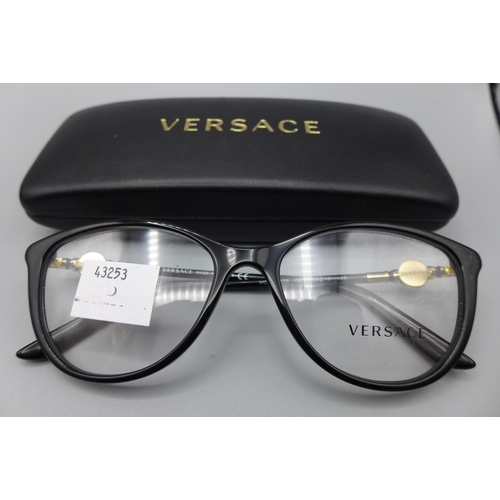 3024 - A pair of Versace 3175 Gb1 glasses 54X16   (208)  (Ajs 187)  Rrp £116.85 + Vat * This Lot Is Subject...