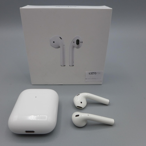 3031 - A pair of Apple Airpods With W/Less Chg Case   (224)  (Ajs 187)  Rrp £144.99 + Vat * This Lot Is Sub...
