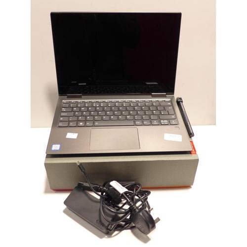 3023 - A Lenovo Yoga 730 13.3