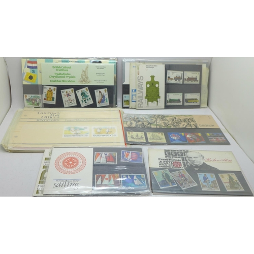 633 - A collection of Royal Mail mint stamp packs...