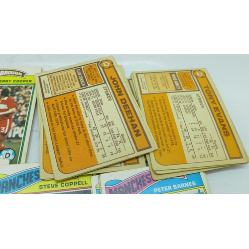 647 - 36 1950's A&BC football cards (Planet) and 40 1970's Topps football cards...