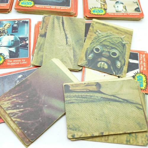 651 - 93 1970's original Star Wars red cards...