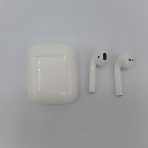 3047 - A Pair Of Apple Airpods With Wireless Charging  Case, RRP £144.99 + VAT     (194-169) * This lot is ...