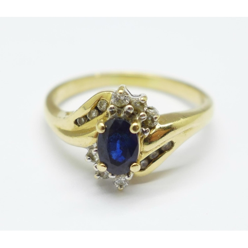 980 - A 14k gold, sapphire and diamond ring, 4g, P...