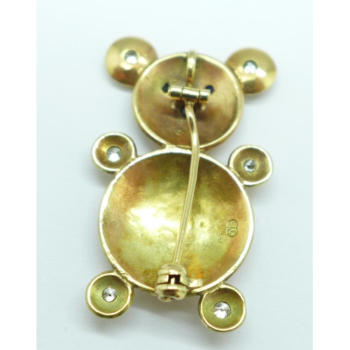 982 - A 9ct gold mouse pendant/brooch set with six diamonds, sapphires, garnet and pearls, 5.3g, height 33...