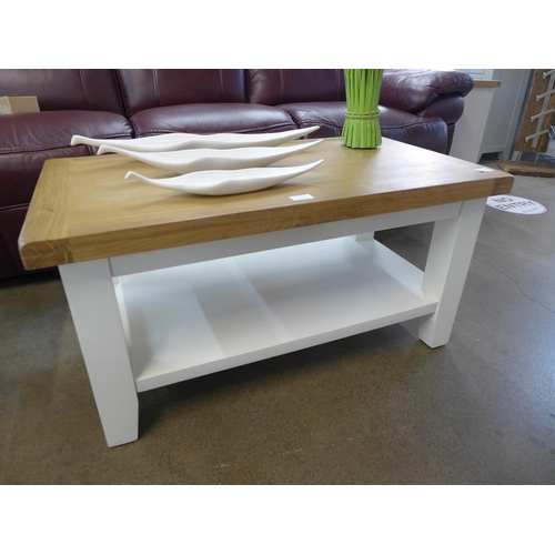 1364 - A Suffolk white painted oak small coffee table (TT-SCT-W) (Ref 18) * this lot is subject to VAT Some...