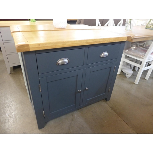 1428 - A Hampshire blue pained oak 2 door small sideboard (KEL P06-73) (Ref 11)  *This lot is subject to VA...