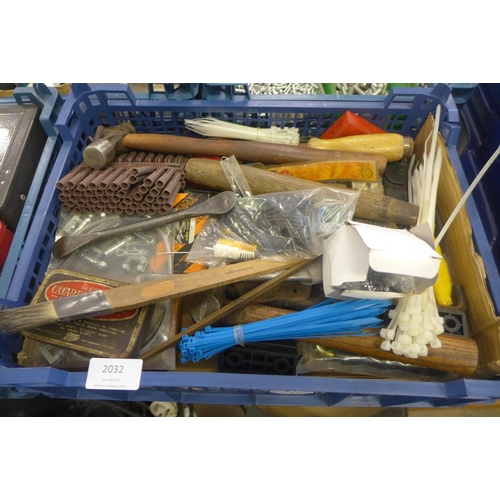 2032 - Crate of misc. tools inc. Dunlop tyre levers, priority number stamps, etc....