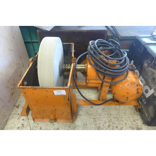 2044 - Electric 240v stone grinder with Woods of Colchester motor...